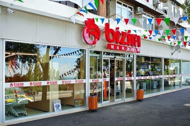 """Qoşqar Təhməzli """"Bizim Market""""də 12 ton saxta yağ aşkarlanmasından danışdı: """"Bu, cinayət faktıdır"""""""