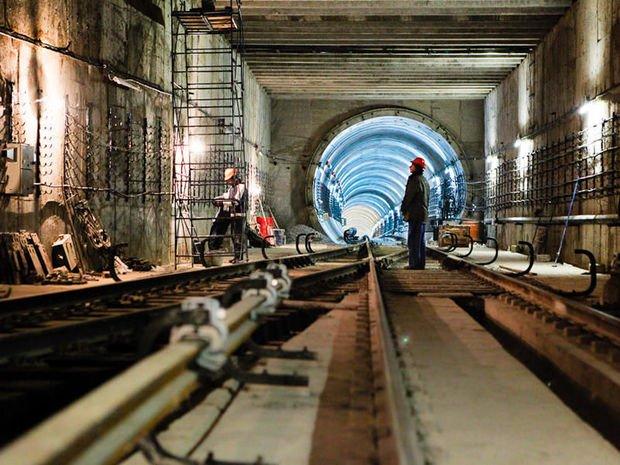 Bakının mərkəzində tikilən yeni metrostansiyadan xəbər var