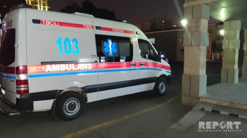 Bakıda 36 yaşlı kişi müəmmalı şəraitdə ağır xəsarət alıb