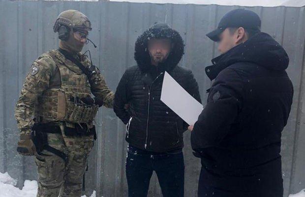 """Transmilli cinayətkar qrupun azərbaycanlı """"bankir""""i belə ələ keçdi - VİDEO"""