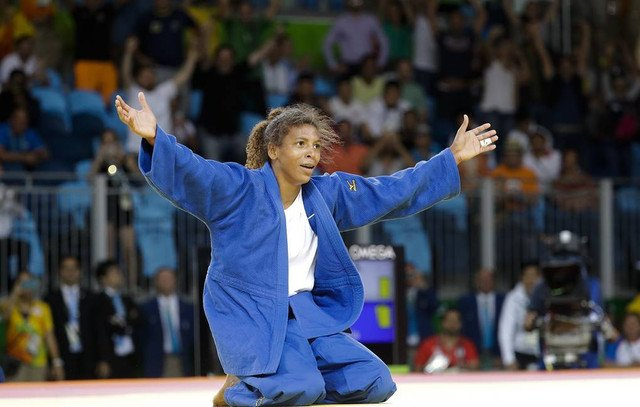 Olimpiya çempionu iki il müddətinə cüdo yarışlarından kənarlaşdırılıb
