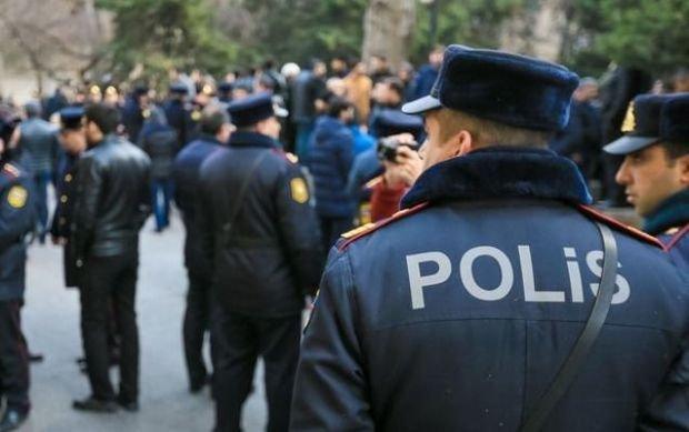 Bakıda maşın xidmət aparan polisi vurub öldürdü