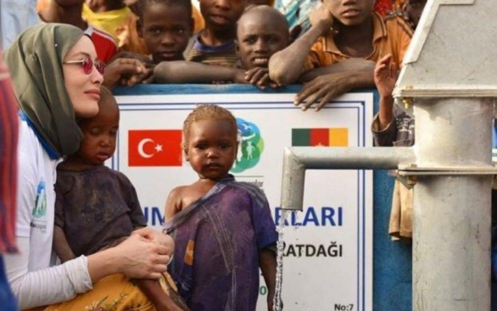 Evini satıb Afrikada su quyuları açdırdı