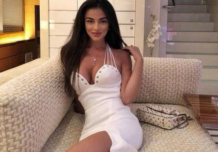 """Azərbaycanlı seksual model """"Dolce & Gabbana""""nı saxtakarlıqda ittiham edir - FOTO"""