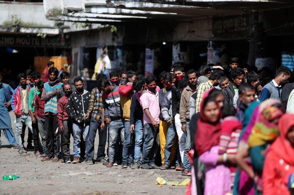 Hindistanda koronavirusa yoluxanların sayı açıqlandı