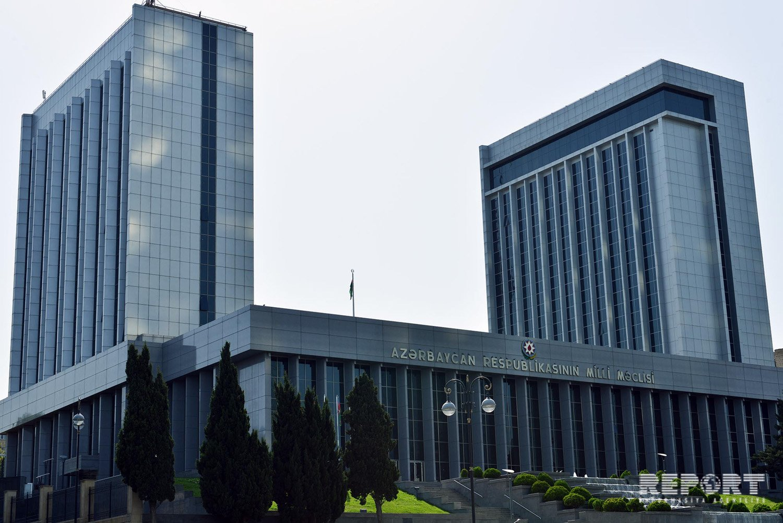 Milli Məclisin Toponomiya komissiyasının yeni tərkibi təsdiqləndi