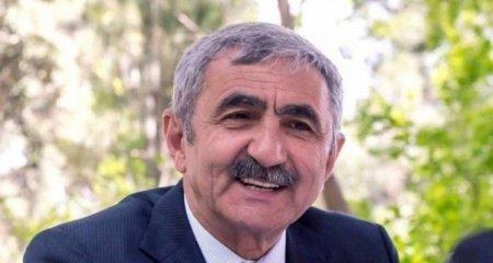 """""""Böyük şirkət sahibləri özlərini """"bomba oğlan"""" kimi göstərmək üçün pul köçürürlər"""" - ETİRAZ"""