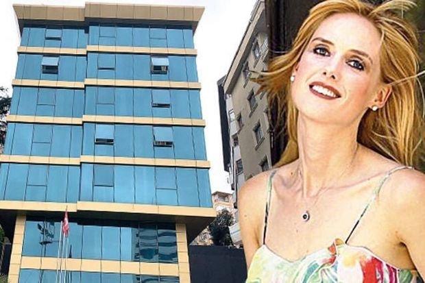 Türkiyəli aktrisa banka borcunu ödəyə bilmədi, hotelini satışa çıxardı