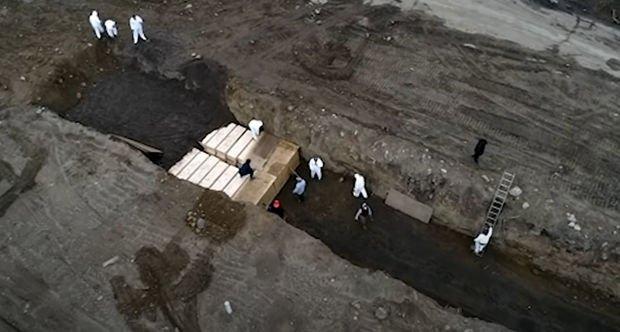 Nyu-Yorkda qardaşlıq məzarlarında dəfn edilənlərin sayı beş dəfə artdı