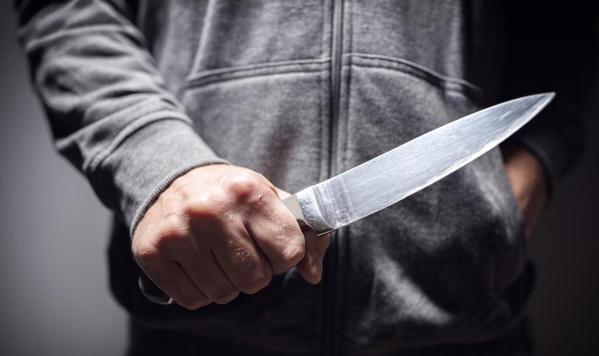 Paytaxtda 30 yaşlı gənc çoxsaylı bıçaq xəsarətləri aldı