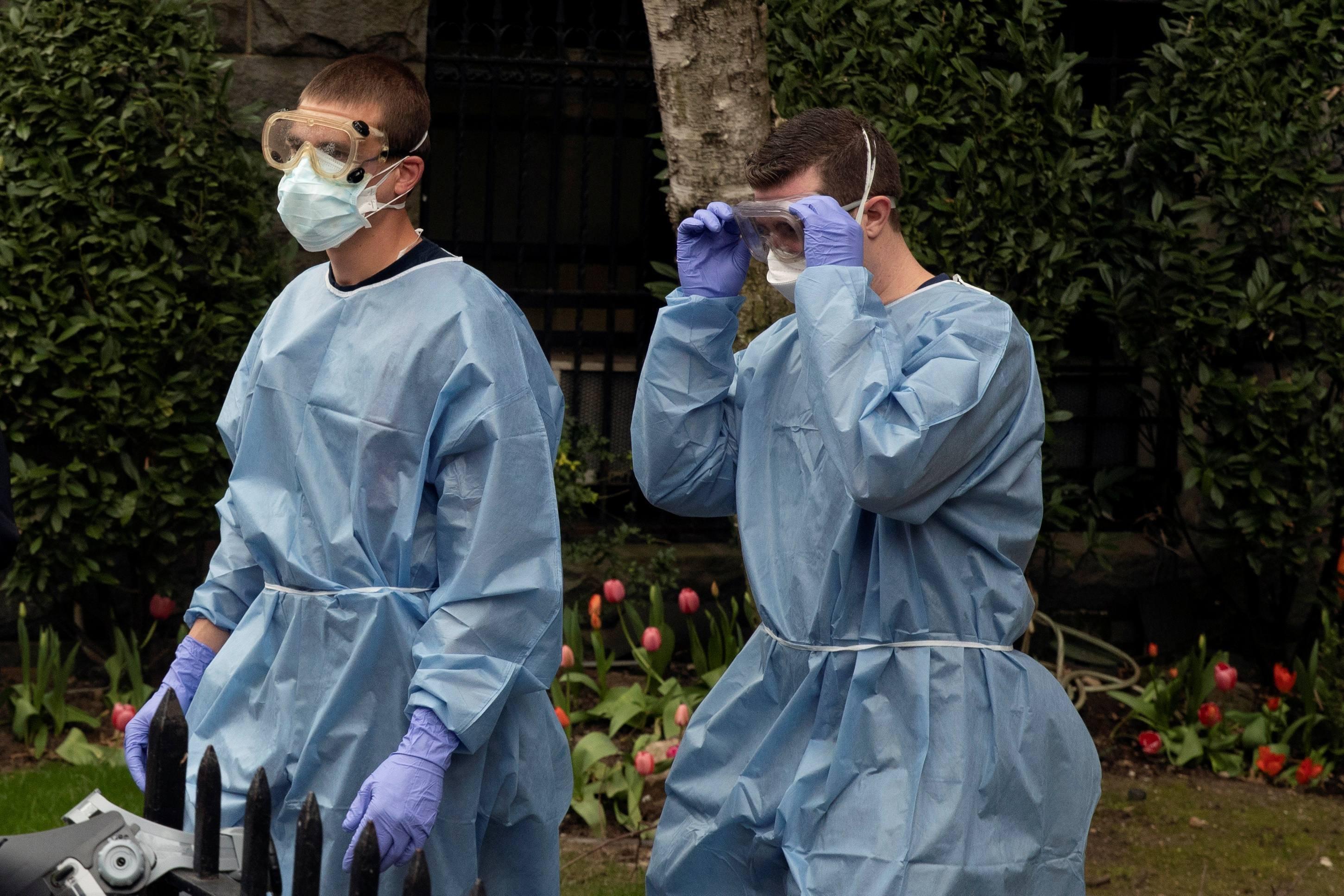 ABŞ-da koronavirusdan ölənlərin sayı 70 mini ötdü