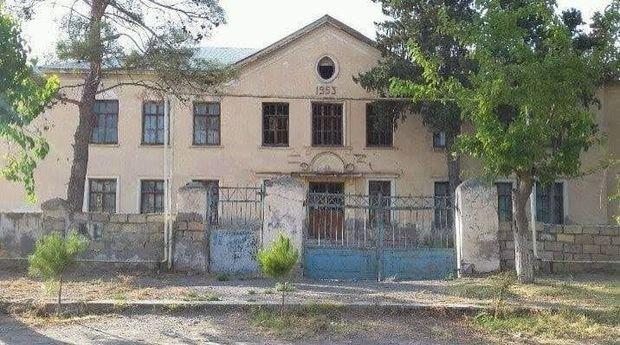 İmişlidə məktəb binası tamamilə yararsız vəziyyətdədir - FOTO