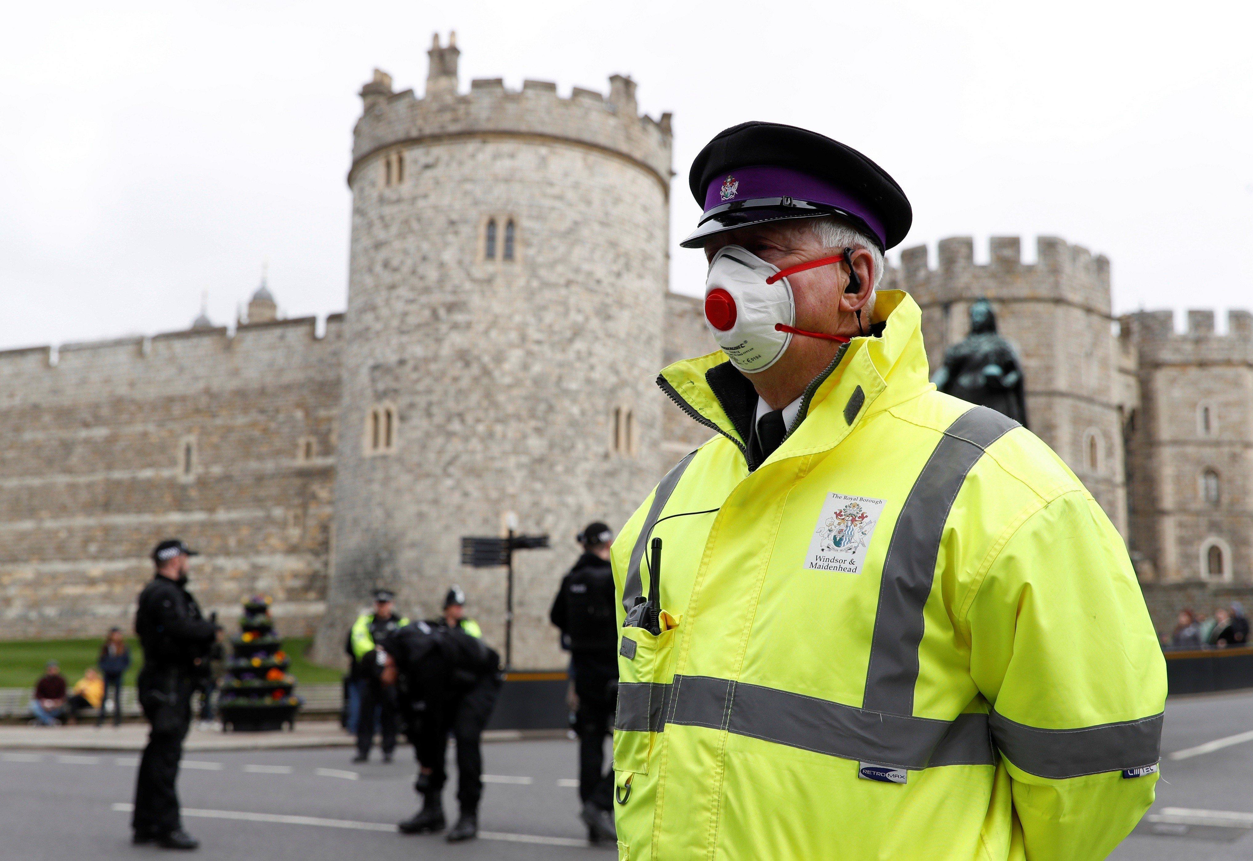 Britaniyada bir gündə koronavirusdan 363 nəfər ölüb