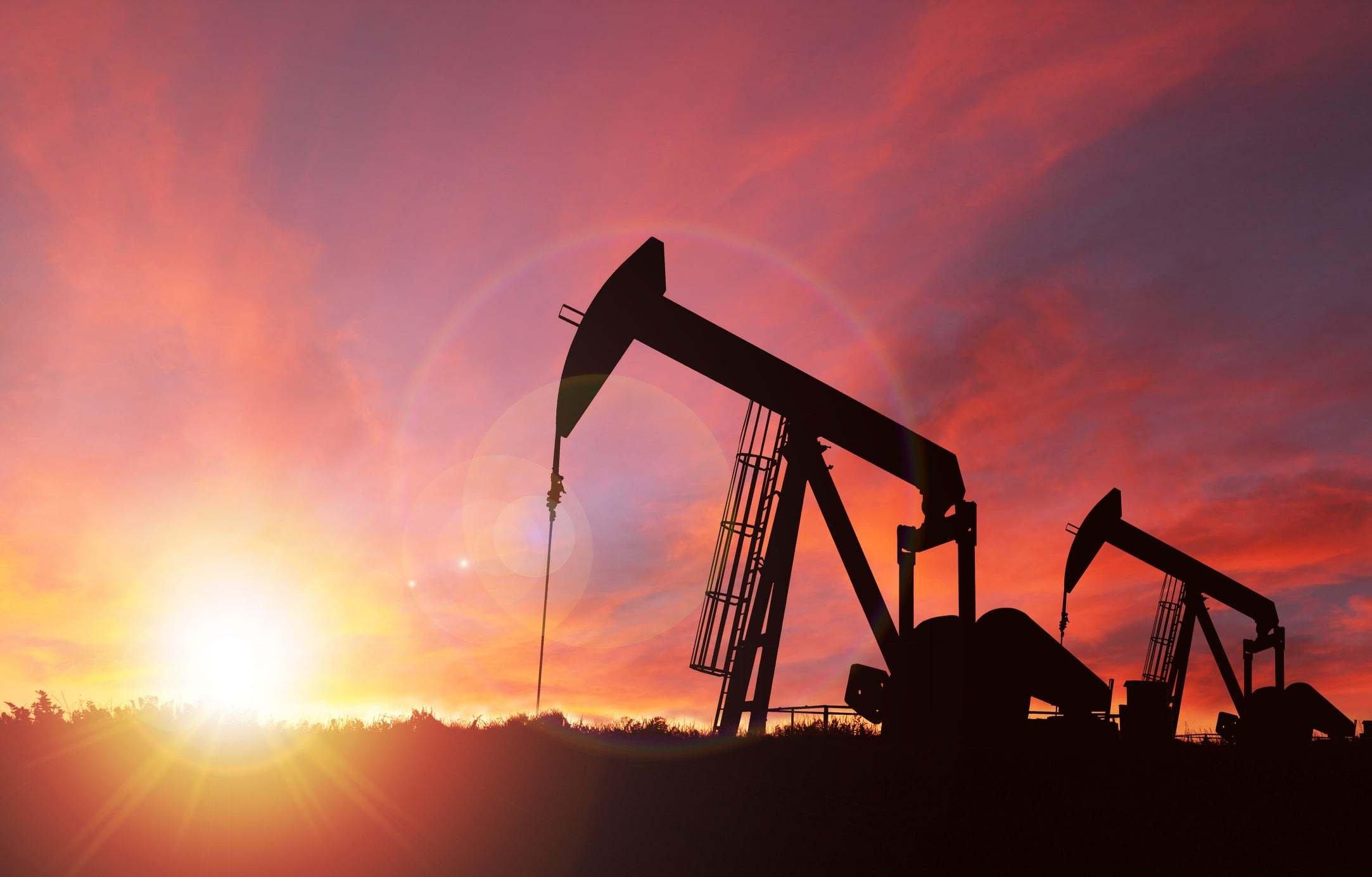 Norveç neft hasilatını artırıb