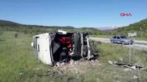 Türkiyədə sərnişinlə dolu avtobus aşdı - VİDEO