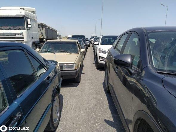 Bakı postlarından yüzlərlə avtomobil geri qaytarıldı - RƏSMİ