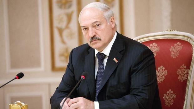 Lukaşenko koronavirusla bağlı qorxularından danışdı - VİDEO