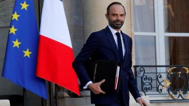 Fransada baş nazir şəhər meri seçildi