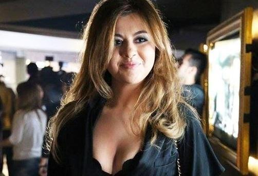Aygün Kazımovanın qızı ilə əylənən futbolçu kimdir? - Video