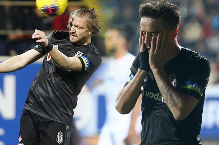 """Daha iki futbolçu """"Beşiktaş""""dan ayrılır"""