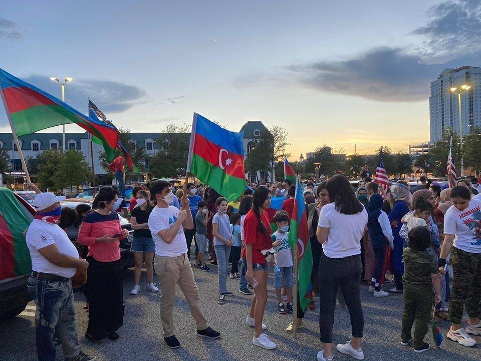 Ermənistanın BMT-dəki nümayəndəliyi qarşısında etiraz aksiyası keçirilib