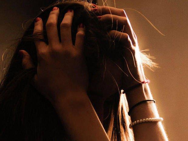 Azərbaycanda 25 yaşlı qadın intihar etdi