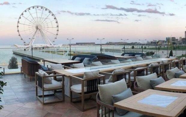 Bu gündən açıq havada fəaliyyət göstərən kafe və restoranlar açılır