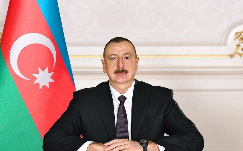 Prezidentə vətəndaş məktubları: Azərbaycan xalqı daim Sizin yanınızdadır