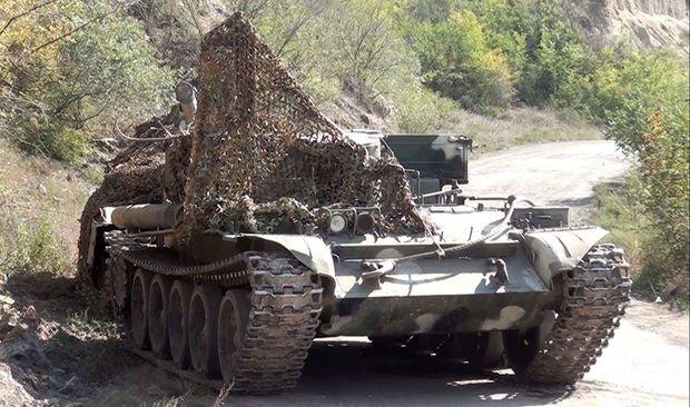 Düşmənin atıb qaçdığı hərbi texnika və silah-sursatların yeni görüntüləri yayıldı - VİDEO