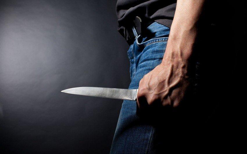 Abşeronda qardaş qardaşı bıçaqladı