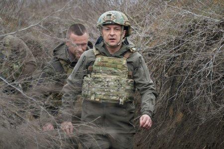 """Vladimir Zelenski: """"Rusiya ilə genişmiqyaslı müharibə ehtimali var"""""""