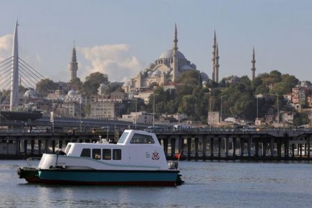 Türkiyədə dəniz taksiləri vətəndaşların istifadəsinə verildi - FOTO